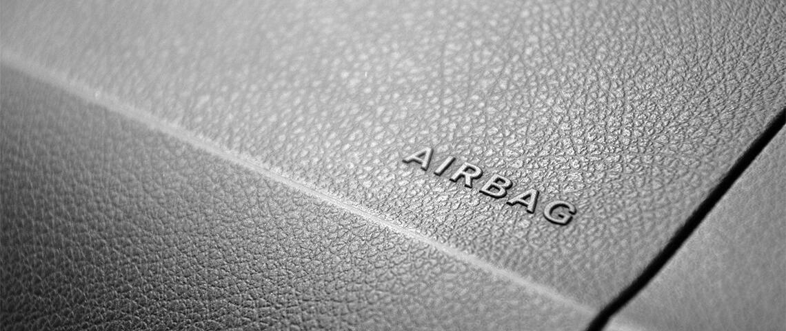 Gevaren van airbags. Zo gebruik je ze veilig